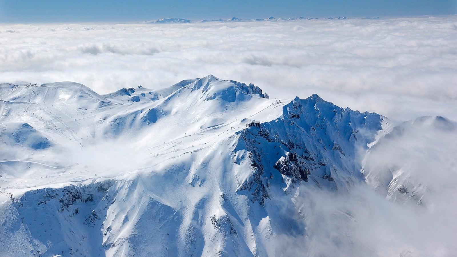 Volcan Le Puy de Sancy, plus haut sommet d'Auvergne, 1886 m (63)