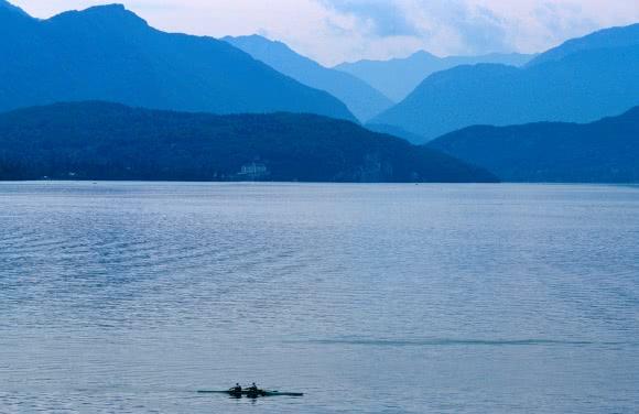 Aviron sur le Lac d'Annecy (74)