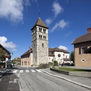 Annecy-le-Vieux, clocher roman