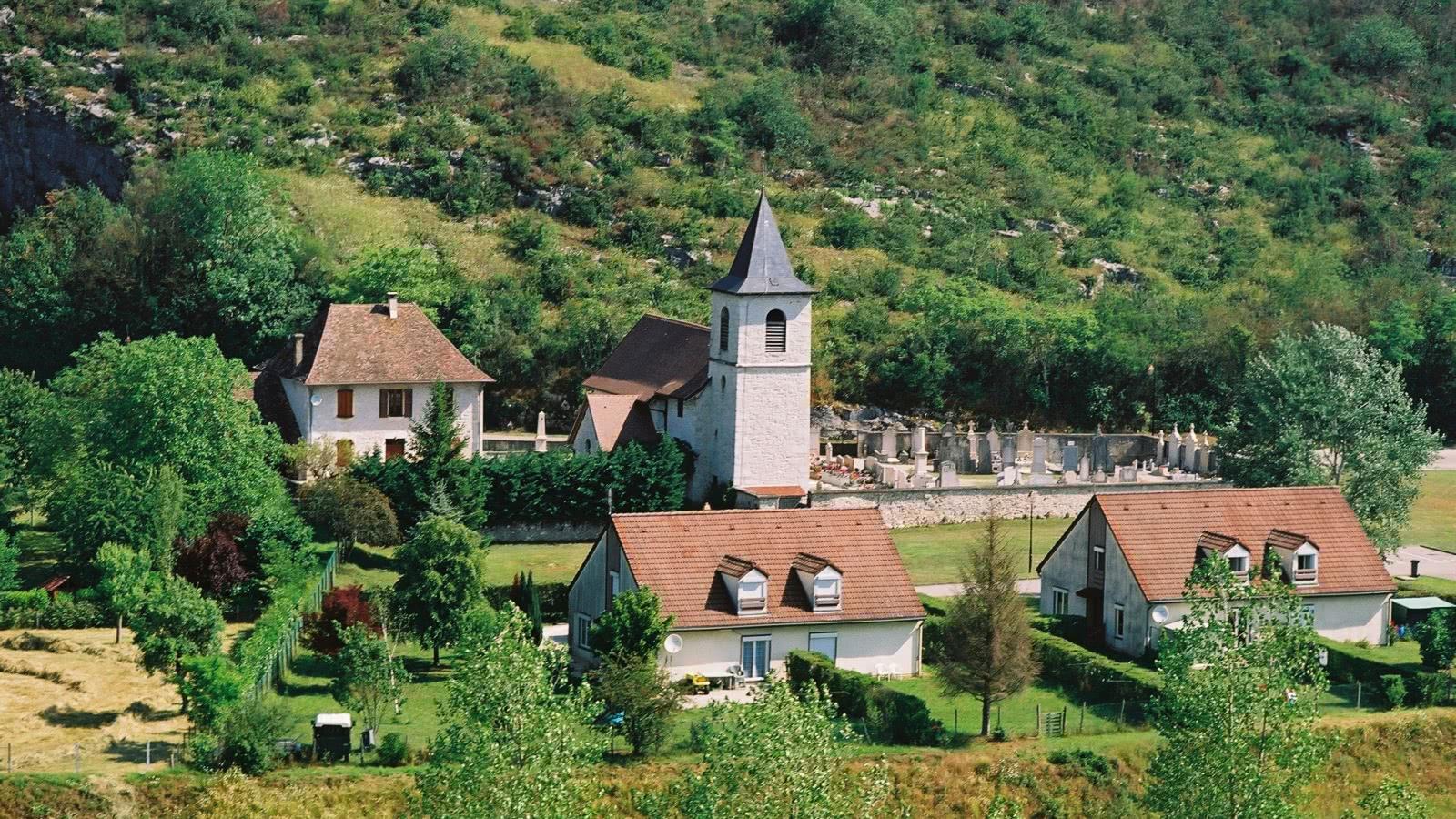 Vue aérienne Murs-et-Gélignieux