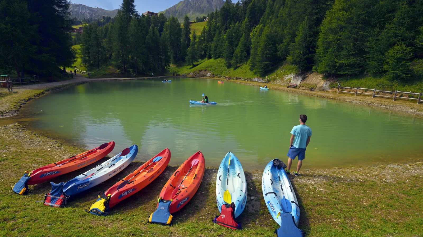 Kayaking on le Lac Vert