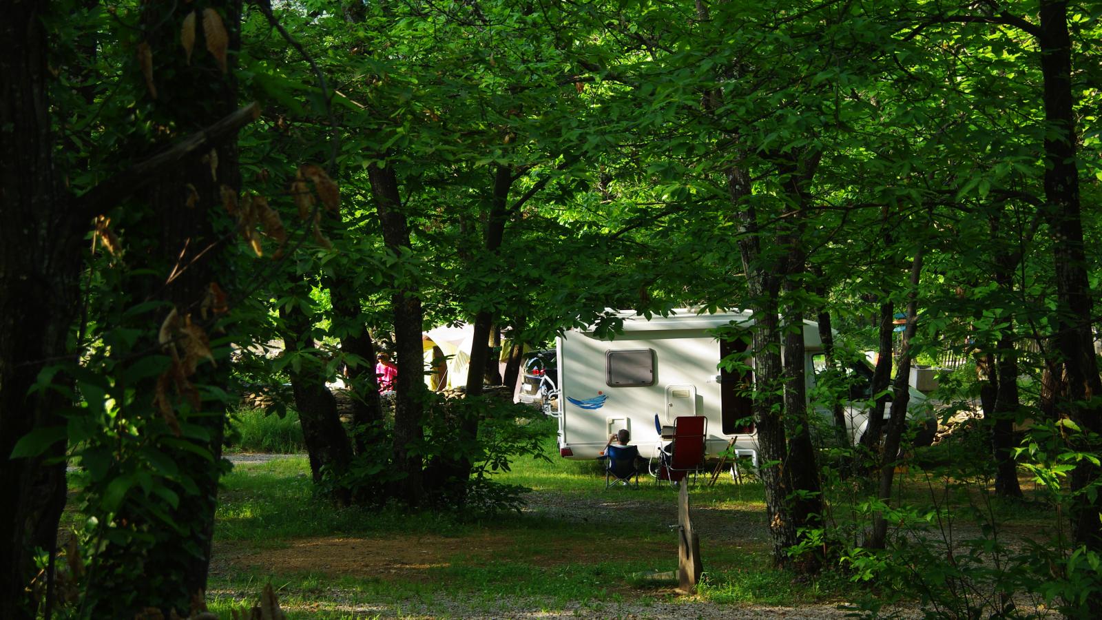 camping ardèche la châtaigneraie