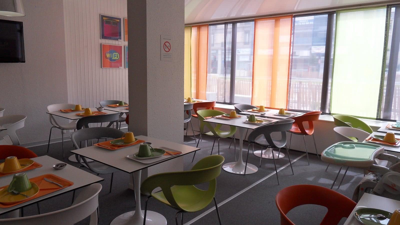 Salle de petit-déjeuner