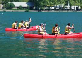 Cano sur le lac de Nantua