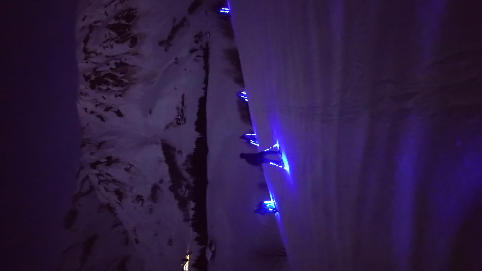 Randonnées en nocturne avec leds skis