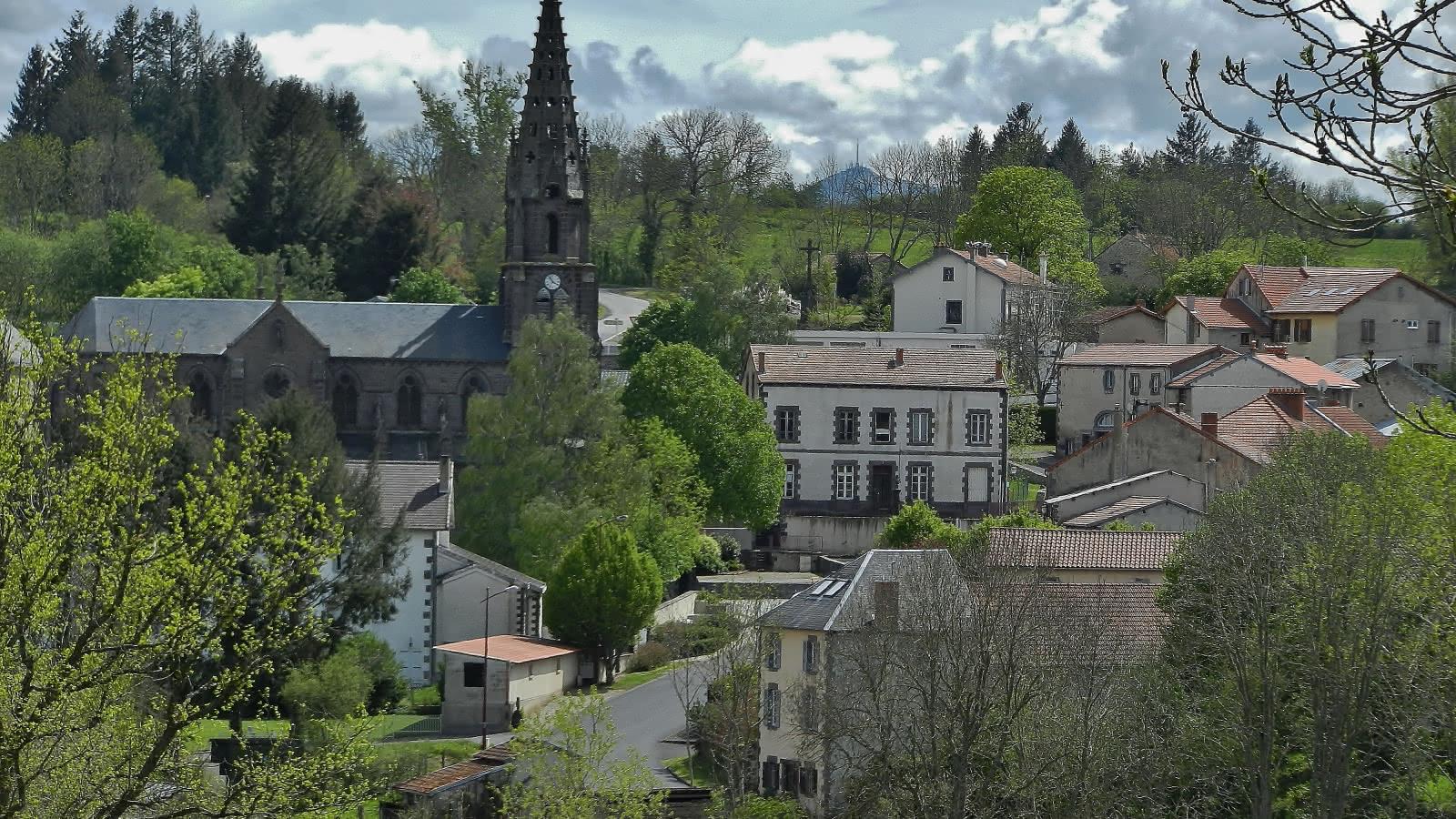 Loubeyrat village
