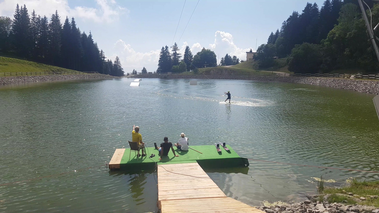 Picture of Wakeboard activité at Lake of la Grenouillere