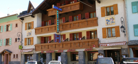 Hôtel-restaurant 'le Relais des 2 Cols' à Val Cenis-Lanslebourg