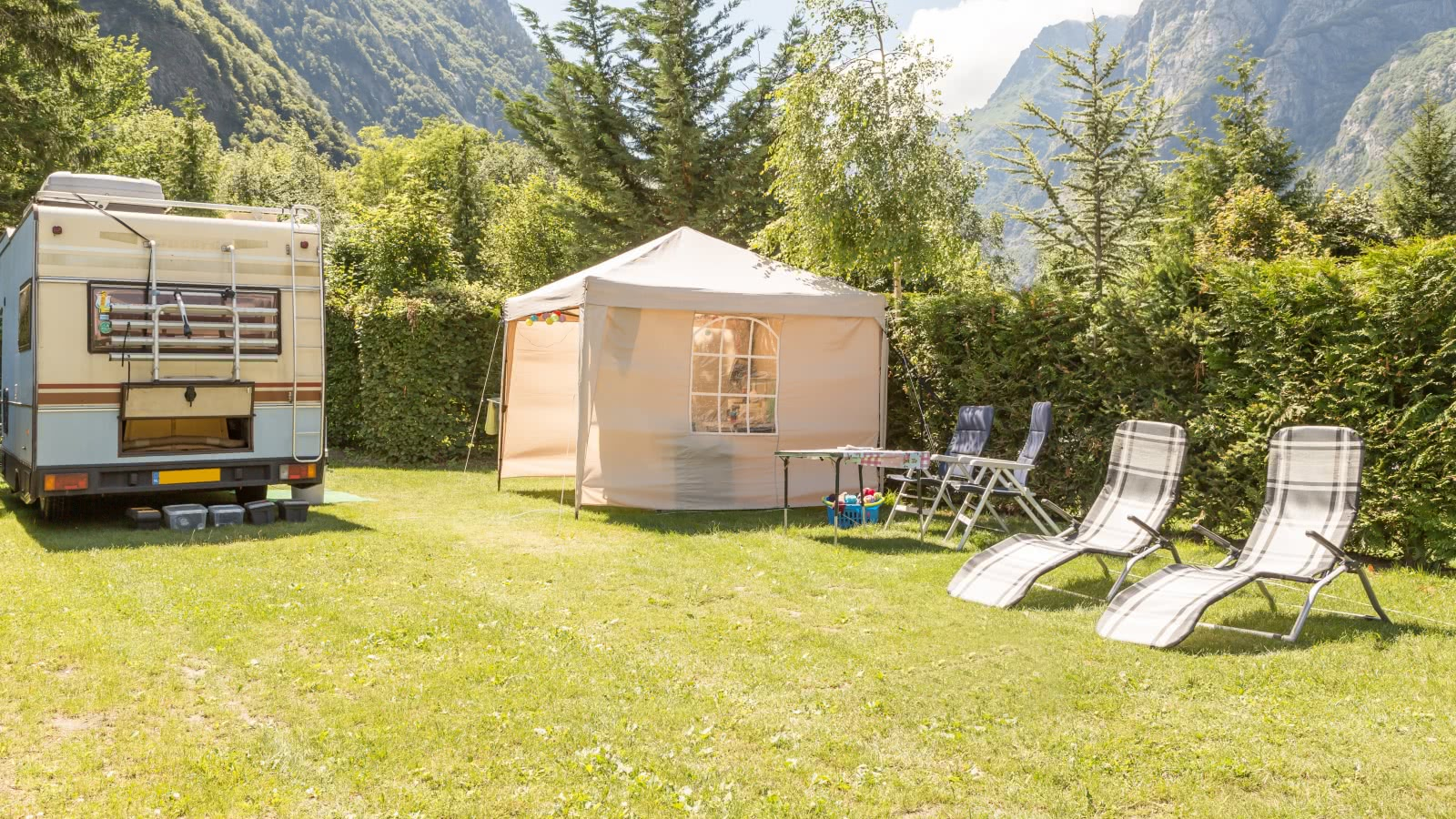 Camping Chateau de Rochetaillée Bourg d'Oisans