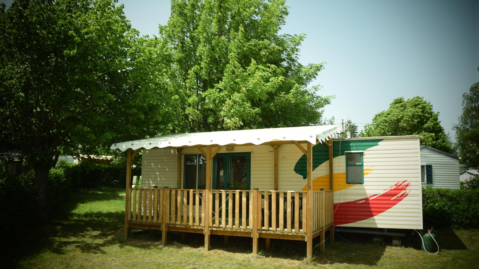 Camping de la Belle Etoile à St-Bonnet-le-Château 42380