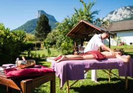 Massage en plein air au lac d'Annecy
