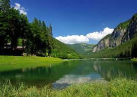 Le Lac de Montriond en été