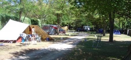 hebergement - campingrochecondrie - viviers