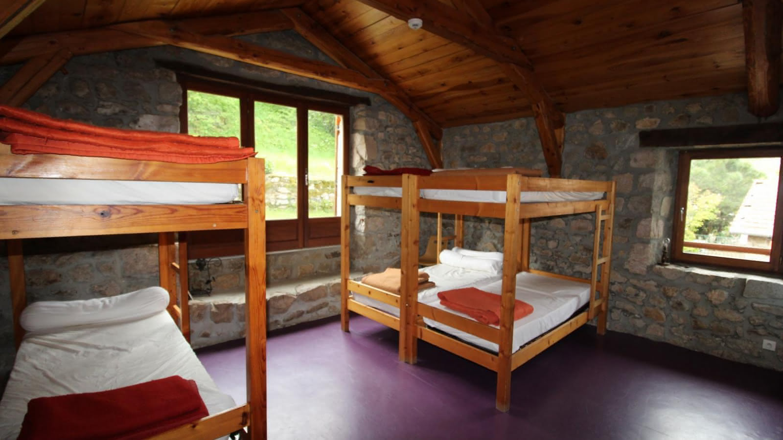 1er dortoir 6 personnes